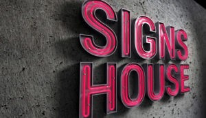 neon channel letters Signs House Chicago